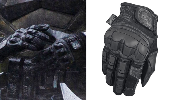 Robert Pattinson Gloves in The Batman