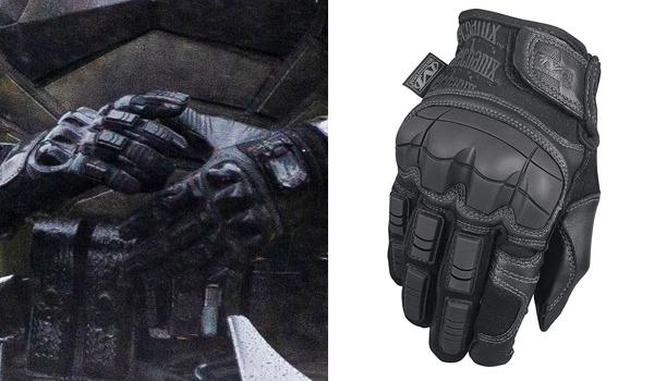 Robert Pattinson Gloves in The Batman